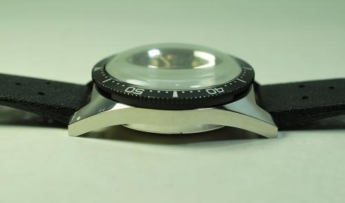 Mondaine cronografo diver subacqueo a 200 metri anni 39 60 - Dive anni 60 ...